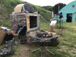 天空舎 完成した窯を使ってピザ・燻製を作ろう!